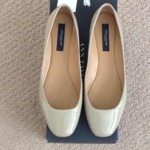 Ann Taylor Patent Khaki Tan Ballet Flats 7M
